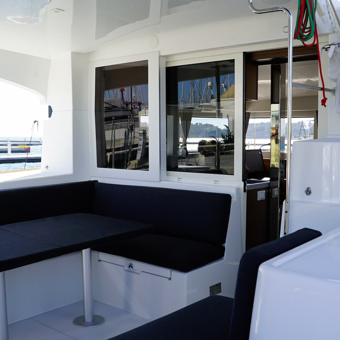 Lagoon_400_rent_yacht_for_week_1